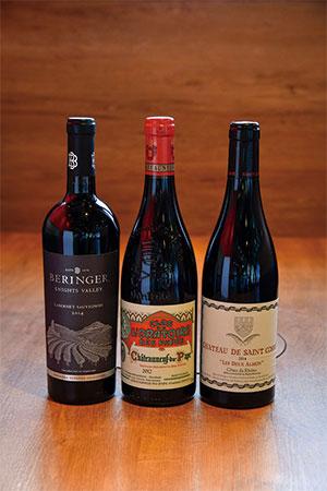 お酒はワインをはじめ数種類用意されている。